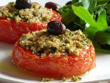 گوجه شکم پر